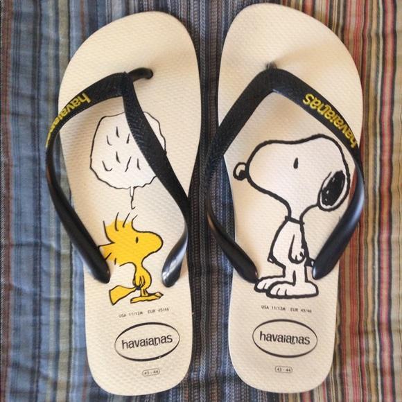 d61edc096d8b4 Havaianas Other - Havaianas Men s Snoopy Woodstock FlipFlops size 12